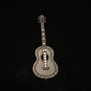 Vintage guitar pin